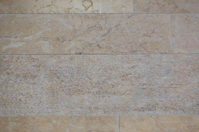 Ценный каменный пол с различными процессами