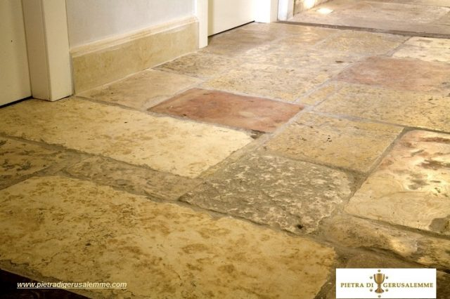 Pavimento stile antico