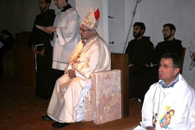 Трон епископа из Камении