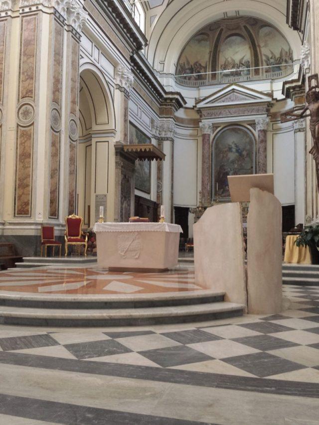 мрамор для церкви