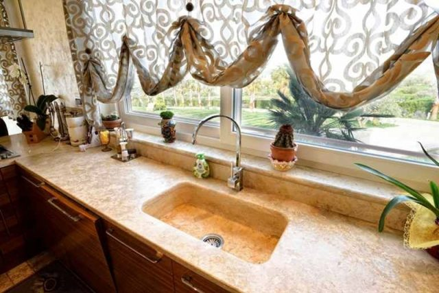 Stone kitchen countertops