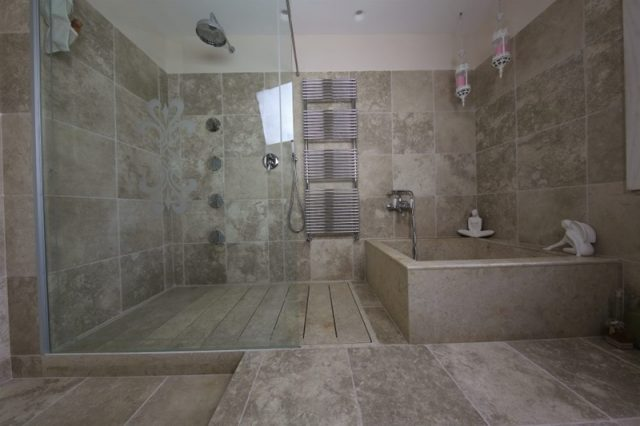 Bathing and bathroom flooring