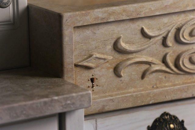 Украшения из камня для раковин и раковин