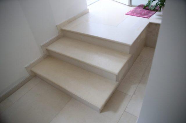 Лестницы и каменные полы