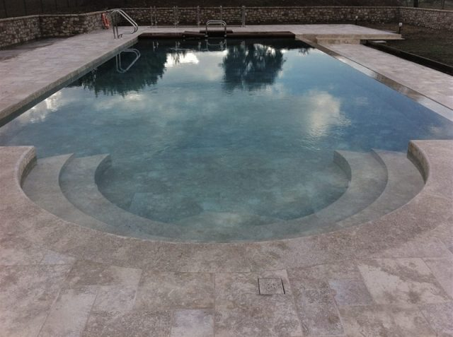 Natural stone for swimming pools