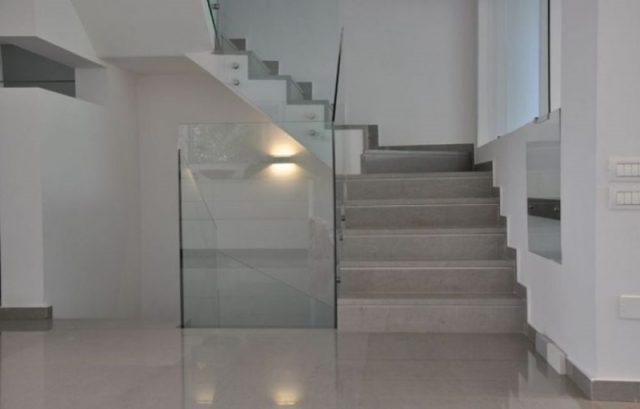 Prestigious stone for floors